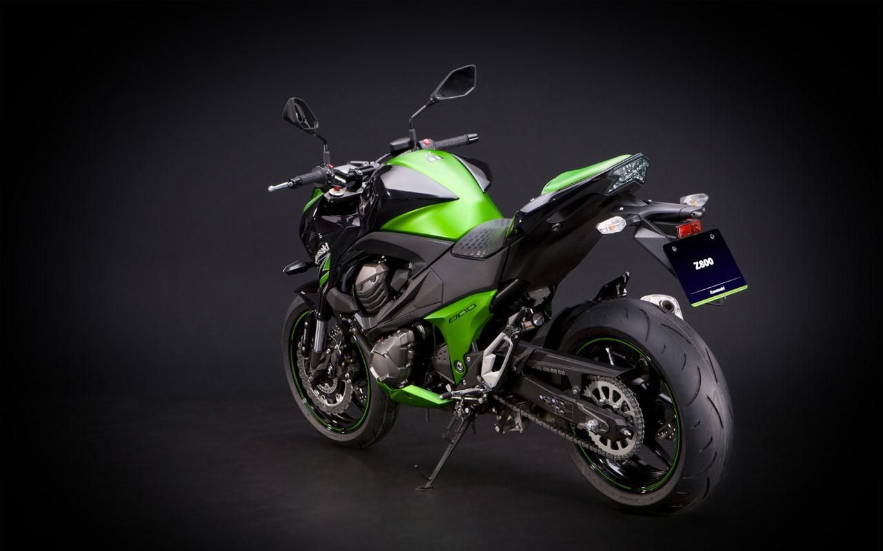 Ficha técnica da Kawasaki Z800 2013 a 2019